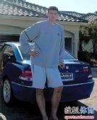 组图:NBA巨星们集体客串车模 姚明踩拖鞋最范儿