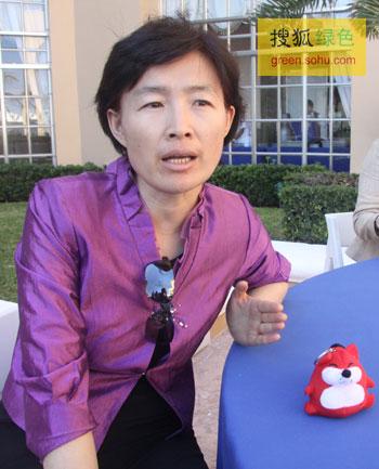 气候组织大中华区总裁吴昌华手接受搜狐绿色专访。(摄影--史少晨)