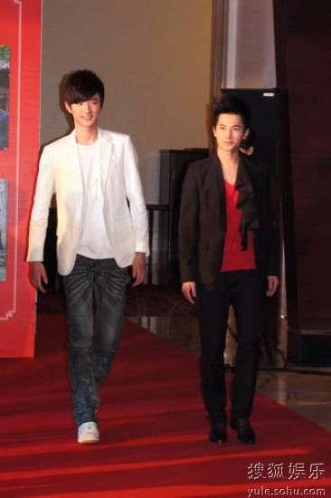 于小彤(左)和杨洋(右)