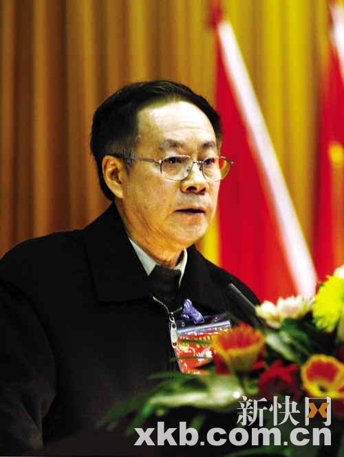 钟南山卸任广州市科协主席 专家周福霖接棒(图