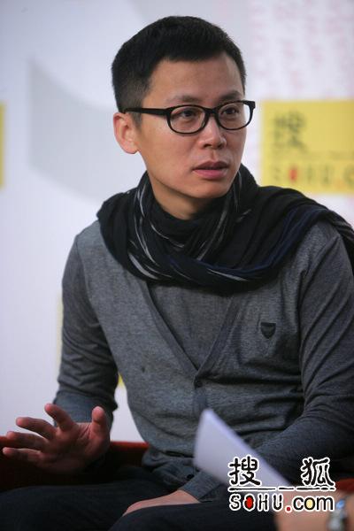 CCTV2《生财有道》栏目主持人李晓东