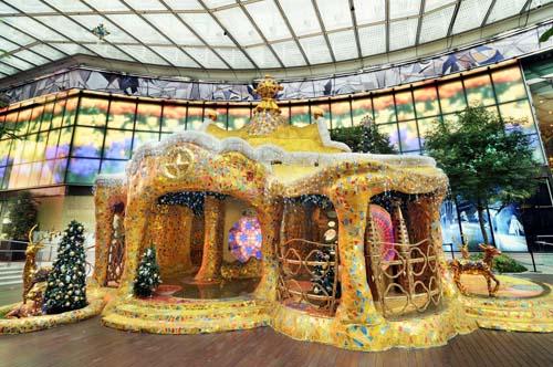 融入巴塞隆拿艺术建筑元素的Golden Tower