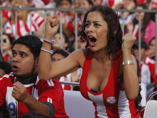 01 南非世界杯巴拉圭乳神