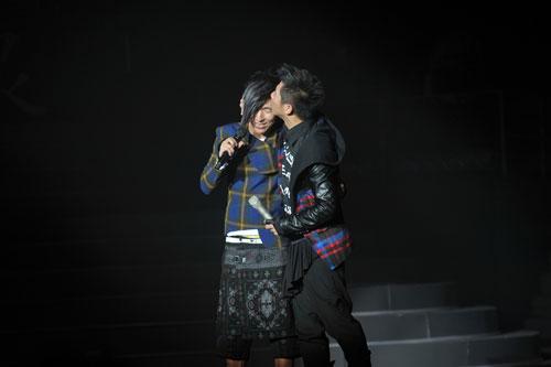 演唱会上海泉亲吻羽凡