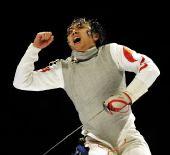 图文:2010新华社体育摄影佳作 张蕾庆祝夺冠