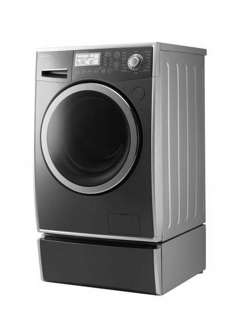 """洗衣""""全智动"""" 小天鹅推自动添加洗涤剂洗衣机"""