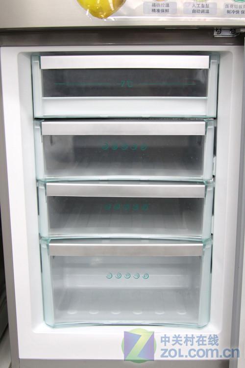 精确温控 海尔双开门冰箱现价3299元