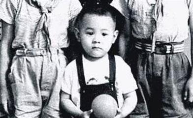 李连杰童年照
