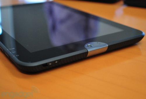 Android 2.4双核CPU 东芝平板电脑曝光