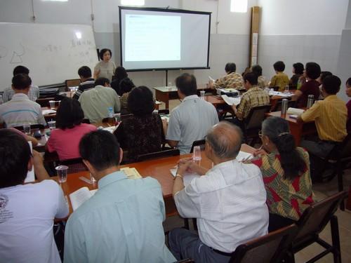 国侨办讲学团赴印尼培训华文教师 助力华教发