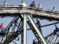 海珠桥跳桥事件实录:他们为什么要一跳了之