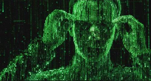 影史最成功的赛博朋克电影之一《黑客帝国》