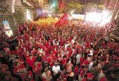 泰3万红衫军重聚曼谷 欲以新策略表达诉求(图)