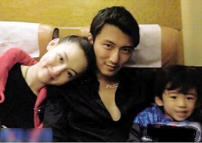 张柏芝与老公、儿子的温馨私密照