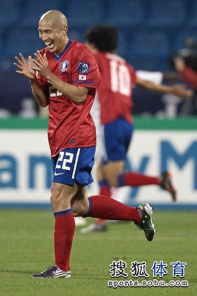 图文:韩国队2-1胜巴林 车杜里表情超搞笑
