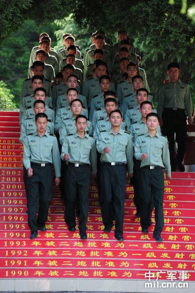 中国战略导弹部队公开训练生活细节 曾吓哭新兵