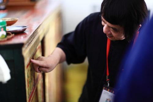 世界看见民族手工艺寻访:藏式版式散点家具设计图图片