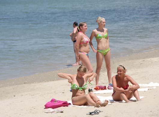海边的俄罗斯美女(美女)的鲍动组图图片