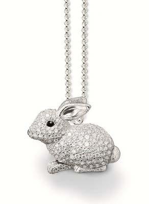 黑色搪瓷眼睛白锆石兔子吊坠$ 3,890