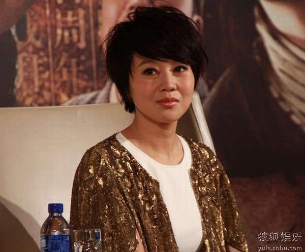 闫妮在上海宣传《武林》