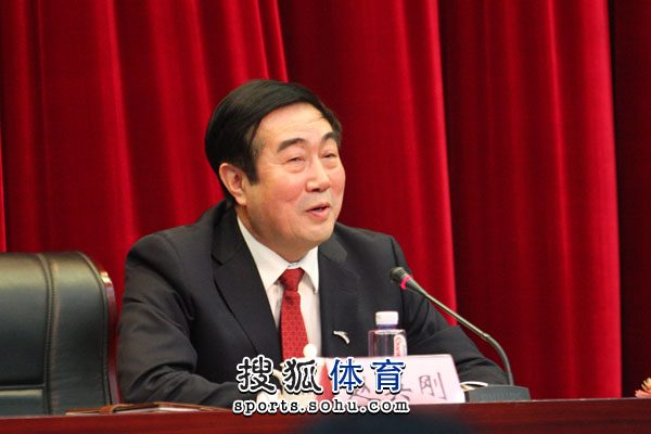 图文:中国亚冬会代表团成立 中心主任赵英刚