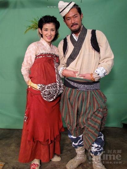 吴君如和古天乐在剧中