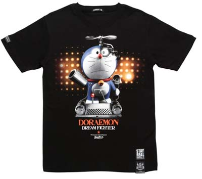 STAYREAL为了纪念多啦A梦40周年而特别设计了系列联名款衣衫