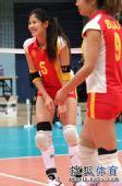 图文:北京女排3-0北航 队员很兴奋