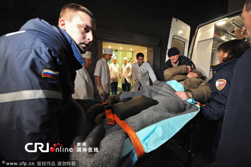 2011年1月24日,俄罗斯莫斯科,多莫杰多沃机场爆炸事件伤者被送往