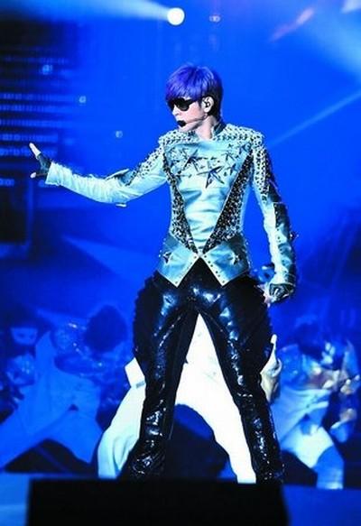 """小猪罗志祥""""舞法舞天""""演唱会将在天河体育中心体育场打响2011广州新春图片"""