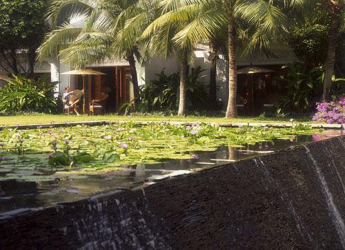 曼谷四季酒店外景