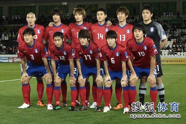 图文:韩国3比2乌兹别克 韩国队主力阵容