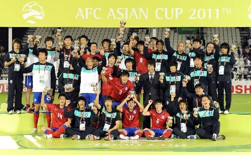 中国 韩国 足球比赛_中国全明星vs韩国全明星足球_中国 韩国 足球
