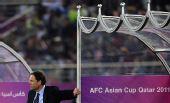 图文:亚洲杯澳洲队获亚军 澳主帅场边观战