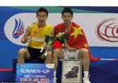 图文:韩国羽毛球超级赛决赛 林丹与李宗伟