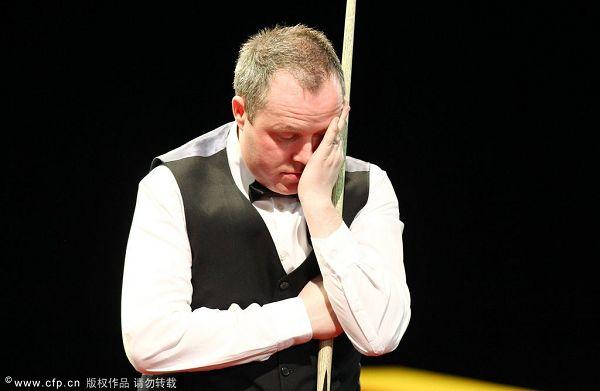 图文:德国大师赛正赛次日 希金斯很孤独