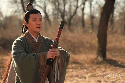 冯绍峰仗剑