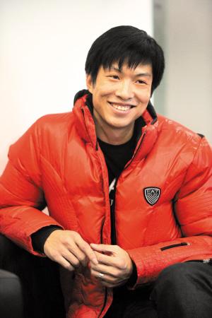 2010年12月24日,杨君登上了飞往广州的班机.