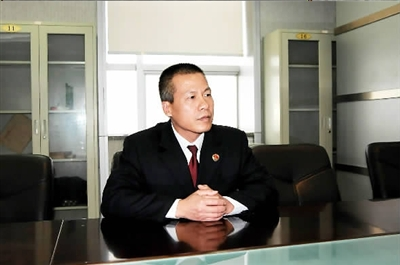 重庆市检察院第一分院检察官郑建湘