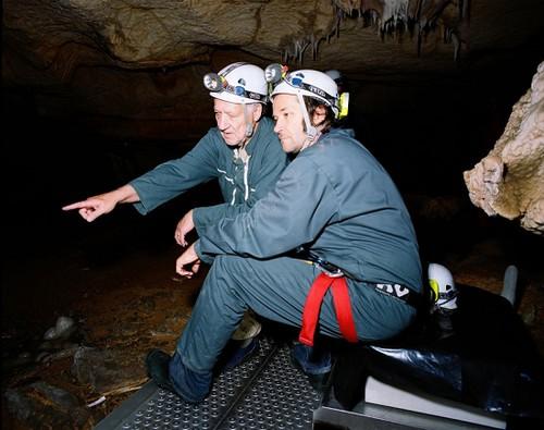 赫尔佐格在《被遗忘的梦之洞穴》中利用3D技术,试图将观众带回30000多年前的世界