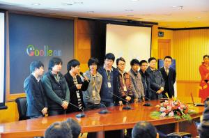 昨日,谷姐研发团队亮相新产品发布会。深圳商报记者王荣 郑恺艾建琪 摄