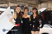 [汽车娱乐]风姿蹁跹 东京车展上的美女们