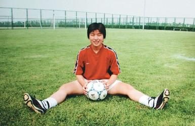 上海女足演感动中国 高燕:不踢球那天捐肾救母