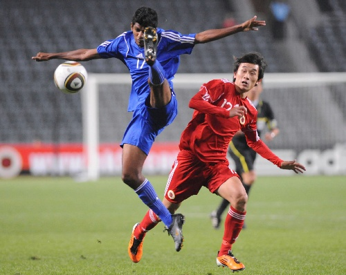 (体育)(2)足球――伦敦奥运会预选赛:中国香港胜马尔代夫