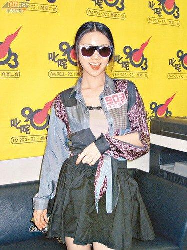 薛凯琪从内地回到香港便忙于为新专辑作宣传