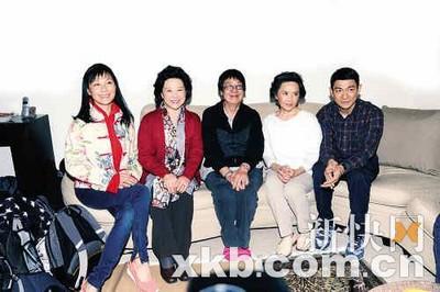 刘德华、叶德娴、许鞍华与王馥荔(从右至左)
