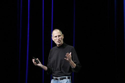 乔布斯现身iPad 2发布会现场