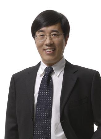 新东方教育科技集团执行总裁陈向东贺搜狐教育、出国新版上线