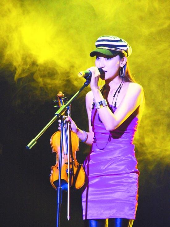 中国第一美女小提琴歌手――菲宝贝空降上上!图