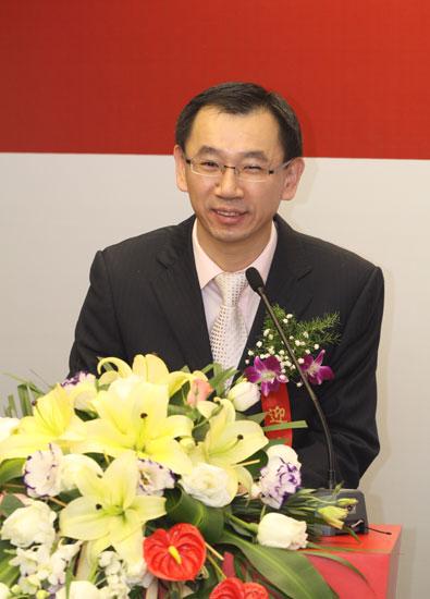 劲霸男装(上海)有限公司常务副总裁 连进